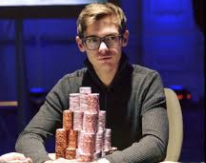 Fedor Holz Poker player