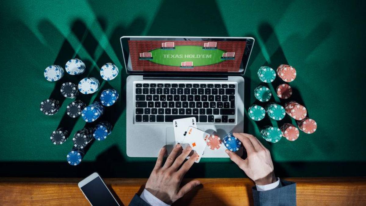 Живой покер смотреть онлайн играем в казино advance rp